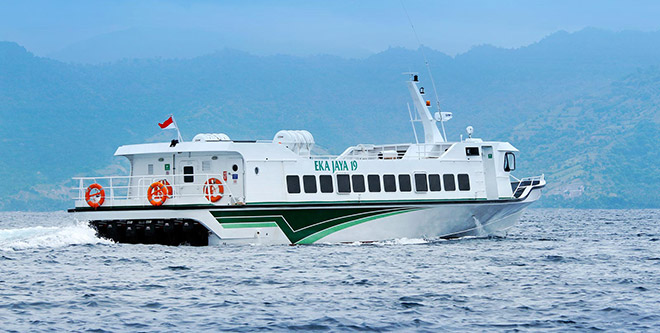 eka-jaya-fast-boat